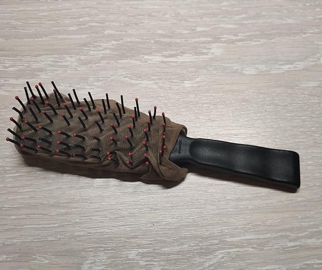 brosse faite en collant