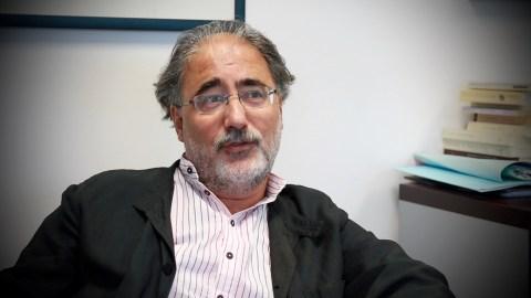 Le Pr Maurice Corcos, de l'Institut Mutualiste Montsouris, interrogé sur la mémoire et le traumatisme dans le cadre du projet Un passé très présent. Quand Georges Guingouin amène à Georges Perec.