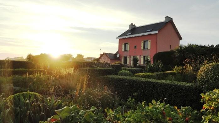 Côte bretonne - A l'entrée du port de Doëlan