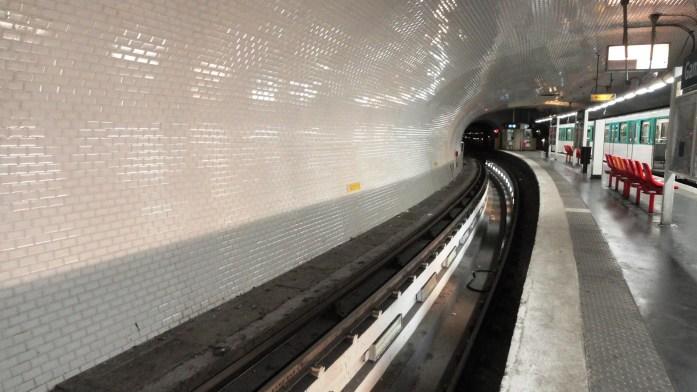 La ligne 3 bis - Station Gambetta