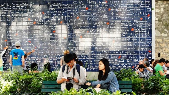 Promenade dans Montmartre et les Abbesses - Square Rictus et Mur des je t'aime
