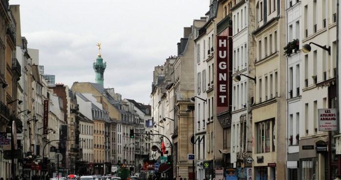 Rue du Faubourg Saint Antoine - Vue sur la Bastille