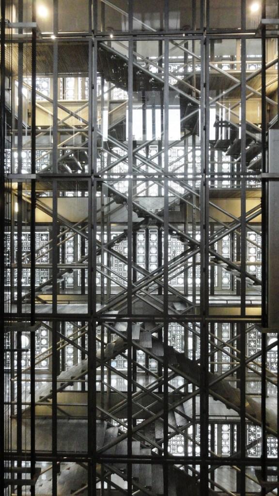 Institut du Monde Arabe - Cage d'escalier