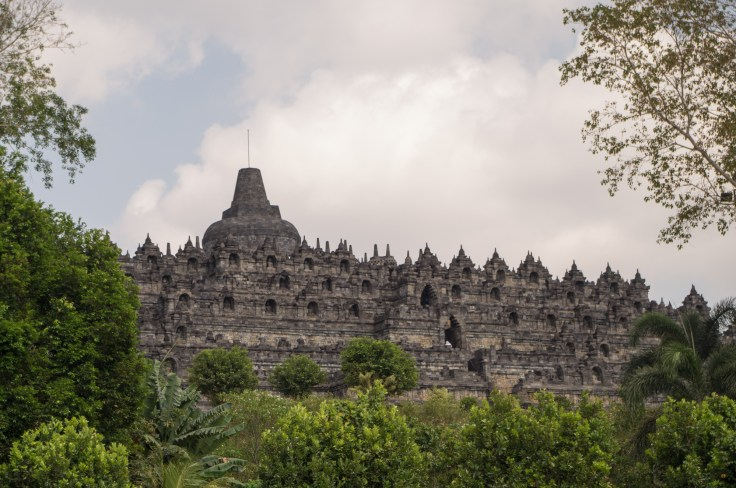 Borobudur, des stupas à perte de vue !