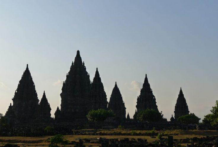 Prambanan, au coucher du soleil