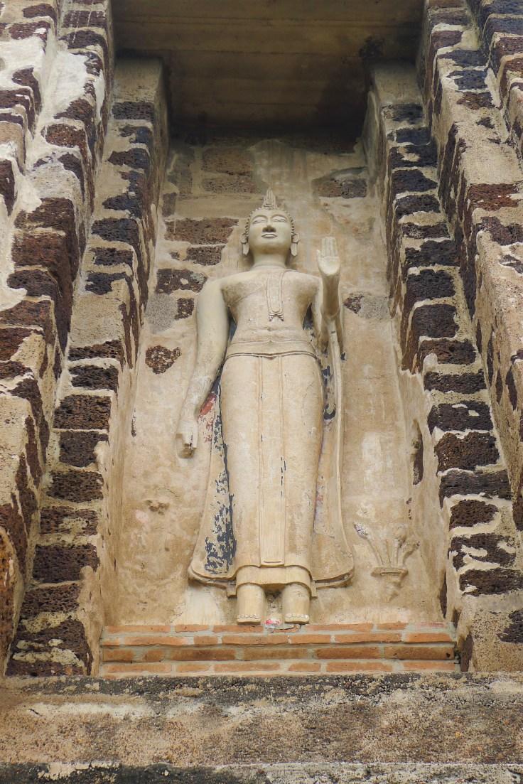 Ayutthaya - Wat Ratcha Burana - Statue