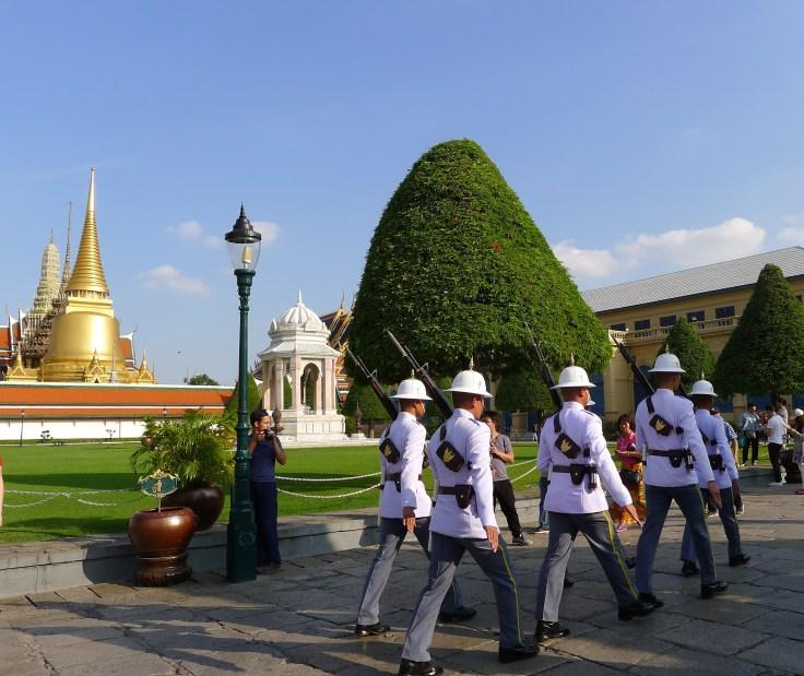 Royal Palace - Relève de la garde