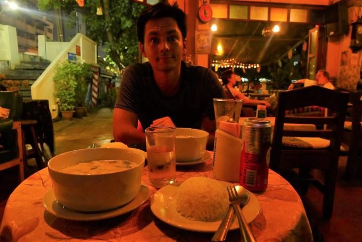 Curry vert au Rolling Bar