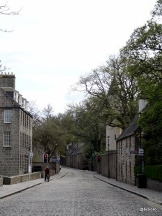 Old-Aberdeen-Cobbled-Streets