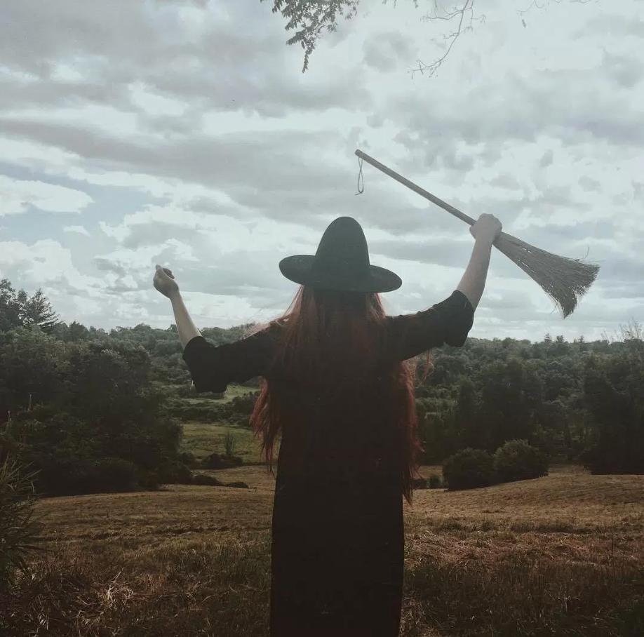 Bill Crisafi Witch Hill