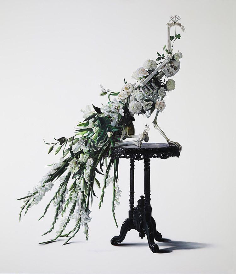 Michael Zavros, White Peacock