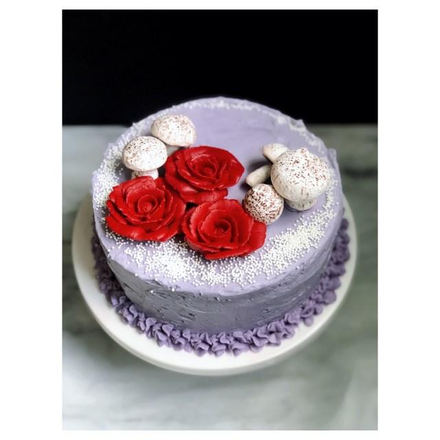 Snow & Rose Cake