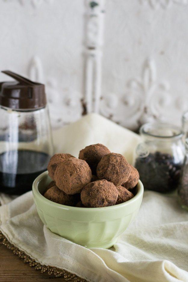 Nut-free Maple Vanilla Truffles by An Unrefined Vegan