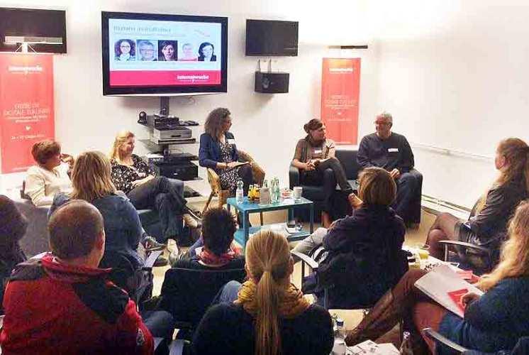 Onlinejournalismus - Thema auf der 7. Internetwoche Köln. Und Thema für 50plus-Blogger