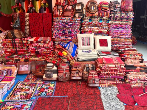 Lots of indigenous people sell handmade crafts in the markets