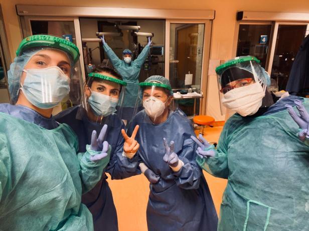 enfermeras-material-coronavirus