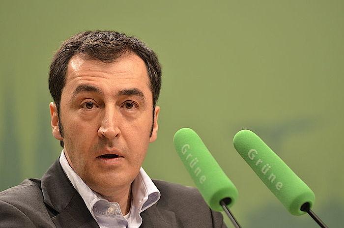 Özdemir will deutsch-türkischen Fernsehsender