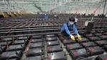 E-Autos: Wohin mit Millionen alter Batterien? Sondermüllberge drohen
