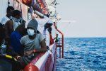 "SOS Méditerranée: Ocean Viking hat über 1000 ""gerettete Migranten"" ausgeschifft"