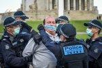 """Australien: Ungeimpfte werden """"ausgestoßen"""" und dürfen künftig hungern - Polen protestiert offiziell"""