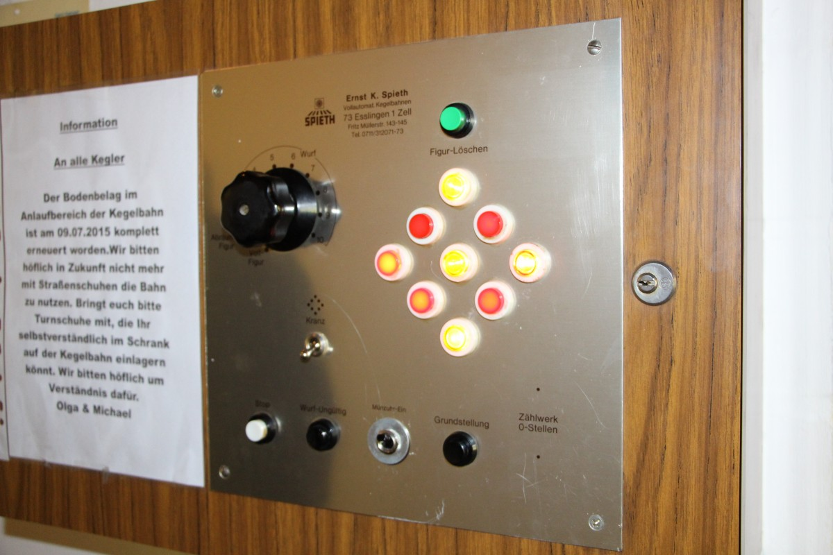 Foto Schaltpult Kegelautomat