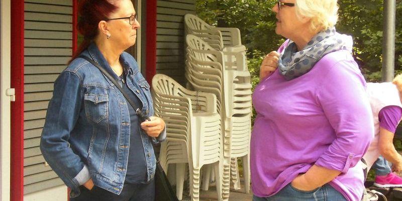 Brigitte und Maria im Gespräch