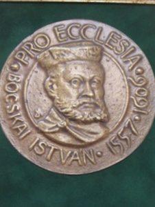 Hilfe für Sacueni, Medaille >Pro Ecclesia&lt