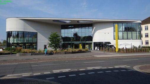 Hanns-Dieter-Hüsch-Bildungszentrum;