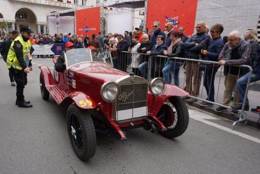 Am Start in Brescia - die späteren Gewinner mit ihrem Alfa Romeo von 1929