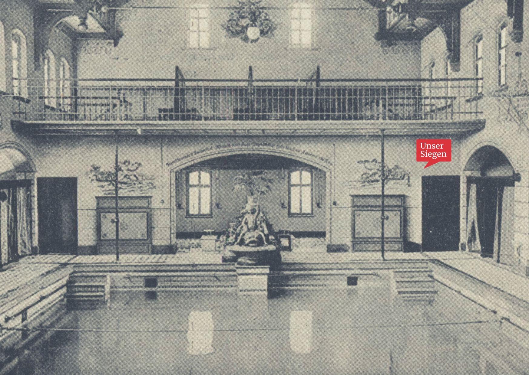 Historische Schwarz-weiß-Aufnahme des alten Stadtbades in Siegen, einem Jugendstilbad in der Sandstraße. Datiert vor 1924. Mit freundlicher Genehmigung des Stadtarchivs Siegen.