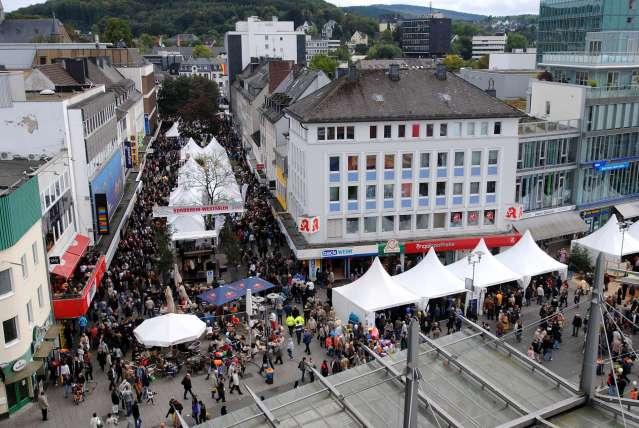 Der ZOB und die Bahnhofsstraße von oben. Foto: Horstgünter Siemon