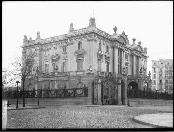 Ruiz Vernacci, Palacio de Marqués de Amboage. Fachada de la Calle Velázquez. Fototeca del Patrimonio Histórico