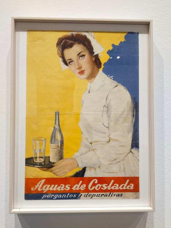 Las Aguas Purgantes de La Maravilla de Coslada fueron muy populares. Comenzaron a comecializarse en la década de los 60 del siglo XIX. Este bonito cartel puede verse en la exposición y es de los años 50