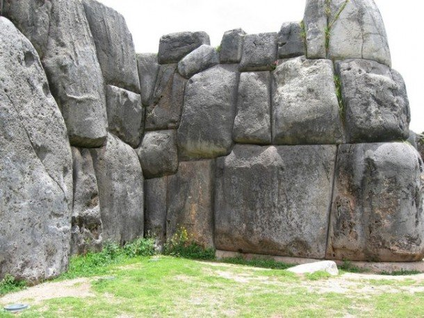 Here-Are-Some-Ancient-Achievements-Still-Unexplained-By-Modern-Science-4-610x458