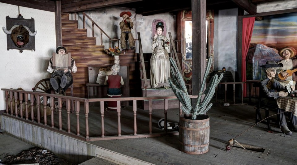In Japan There's an Abandoned American Cowboy Theme Park