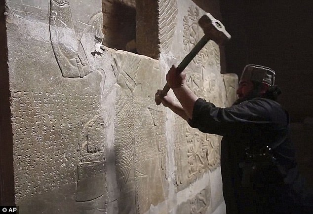 ISIS 'Demolishing' Syria's Ancient Palmyra Temple - Photos