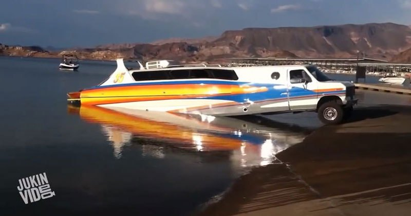 when-boat-and-trailer-merge-as-one