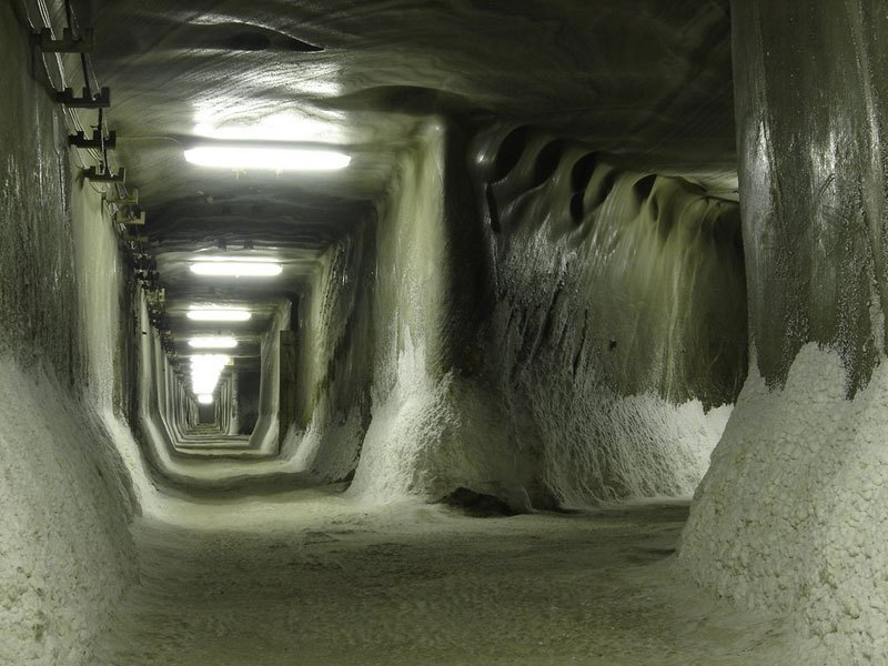 salina-turda-salt-mine-romania-16