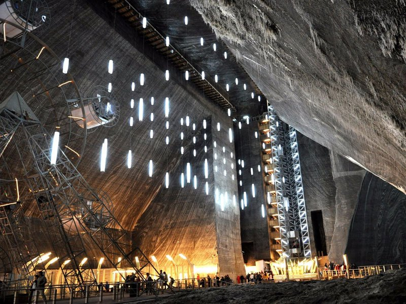 salina-turda-salt-mine-romania-3