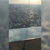 Chicago's Iconic Glass Floor SkyDeck Just Cracked Under Visitors' Feet