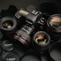 5 Gears That Every Photographer Needs
