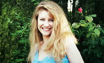 Janine Vaughan.jpg