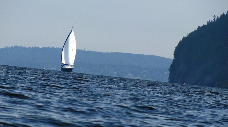 sailboat on the Kennebecasis river