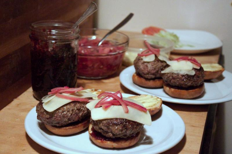 Assembling the Station Burgers