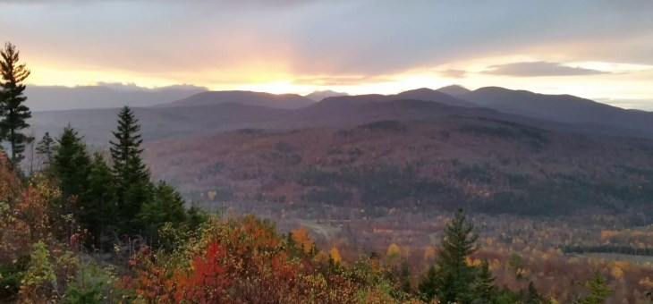 Fall Leaf Peeping in Maine?  Check out the 2017 Maine Foliage Report!