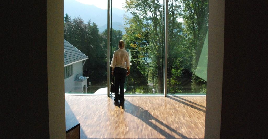 Ausblick aus Franz Marc Museum auf den Kochelsee
