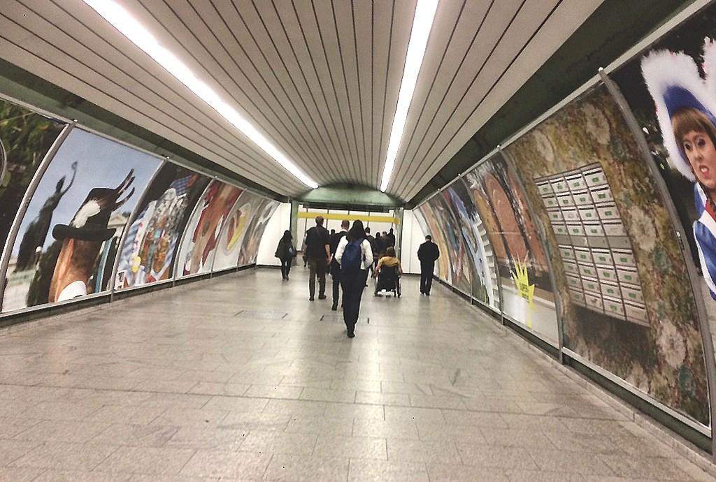 Preview Martin Parr, Think of Germany, U-Bahn Odeonsplatz München