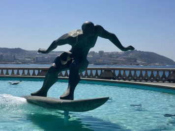 Surfer A
