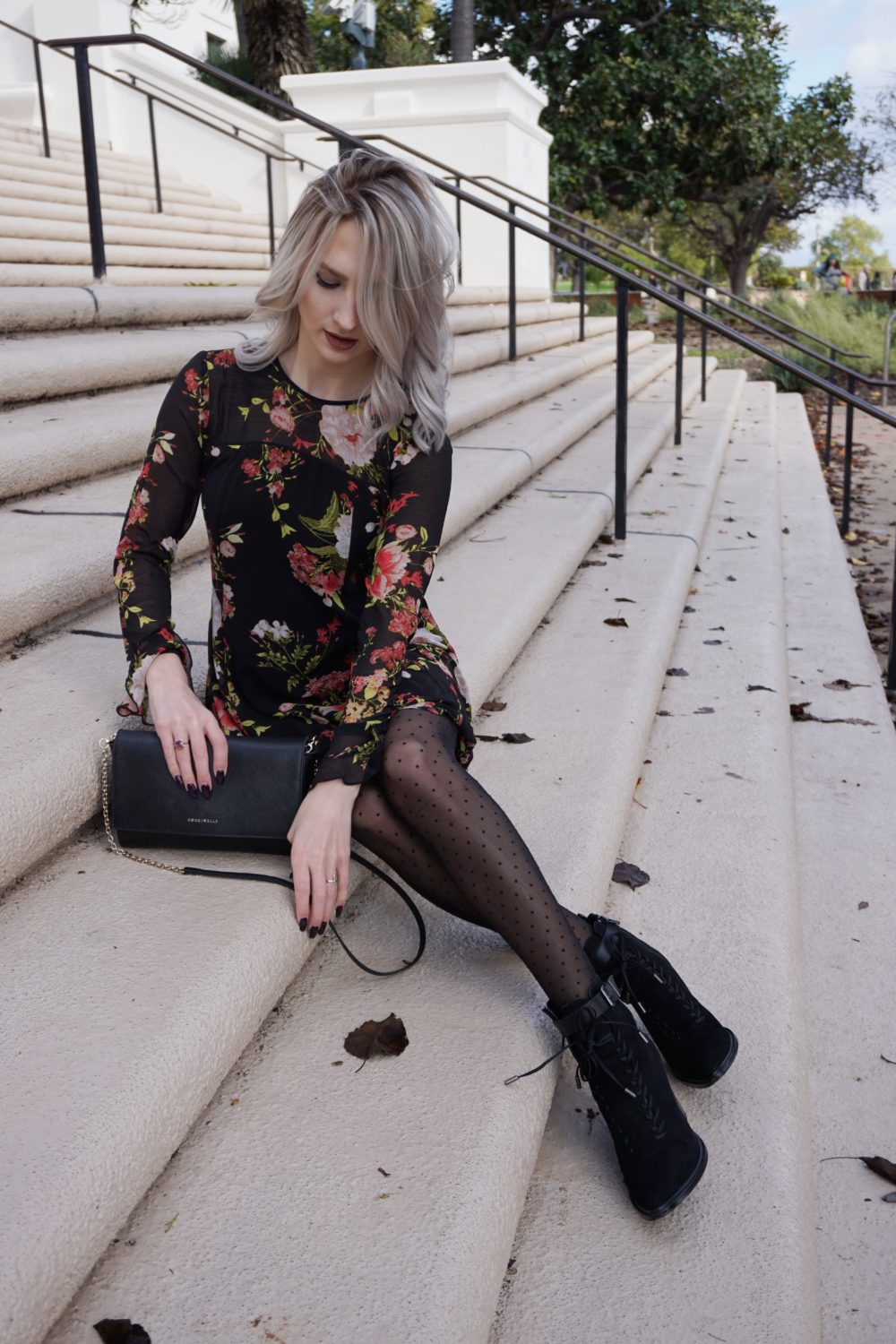 How to Wear Polka Dot Tights & Florals