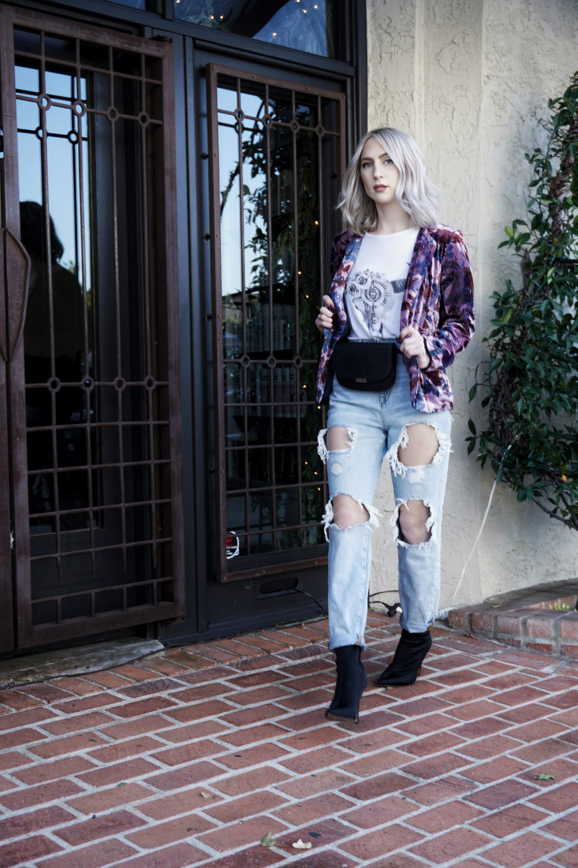 Blogger Inspired: Boho Chic In Velvet Blazer and Ripped Jeans | Until The Very Trend